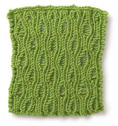 Maglia ai ferri verde - Un motivo ondulato per questa semplice maglia di lana verde ai ferri