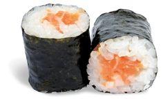 MAKI TARTARE DE SAUMON  - rouleau de riz enroulé de nori et garni de saumon finement découpé en tartare