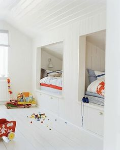 Shared Bedrooms ⋆ Handmade Charlotte built-in bunks in a shared kids room Bunk Rooms, Attic Rooms, Attic Spaces, Bunk Beds, Small Spaces, Trundle Beds, Attic Playroom, Twin Beds, Attic Library