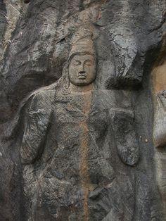 Secret Lanka, your travel agent and tour operator for Sri Lanka and Maldives. Mahayana Buddhism, Buddhist Art, Far Away, Continents, Sri Lanka, Religion, Asia, Carving, Tours