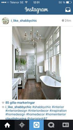 Badrum Interior Decorating, Interior Design, Clawfoot Bathtub, Shabby Chic, House Design, Bathroom, Inspiration, Mountain, Home Decor