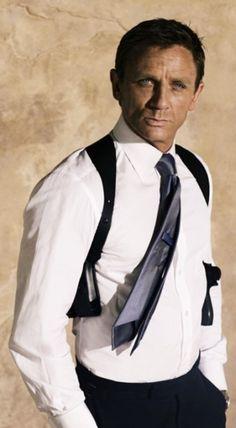 Daniel Craig for Quantum of Solace Estilo James Bond, James Bond Style, Daniel Craig 007, Daniel Craig James Bond, Rachel Weisz, Interracial Celebrity Couples, Daniel Graig, Best Bond, Actor James
