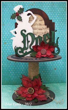 Capture, Create, Remember..... the little moments: Christmas - Tim Holtz Style!
