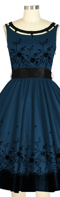 1950s Inspired dress -- Chic Star design by Amber Middaugh