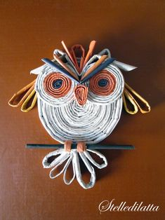 macrame colorful newspaper owl craft for kids is super bright and beautiful and mak.This colorful newspaper owl craft for kids is super bright and beautiful and makes a great kids craft for Earth Day since Recycled Paper Crafts, Recycled Art Projects, Cool Paper Crafts, Owl Crafts, Recycled Magazines, Newspaper Art And Craft, Magazine Crafts, Paper Owls, Paper Weaving
