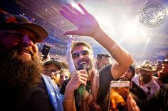 Eric Church Electrifies Chicago During Double Down Tour Stop — See the Photos Kenny Loggins, Kenny Chesney, Eric Church Concert, Male Country Singers, Chicago Tours, Entertainer Of The Year, Double Down, Jake Owen, Country Boys