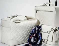 Chanel Luggage White - want in black