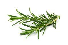 Gebruik lavendel, basilicum of rozemarijn om de cannabishigh naar je hand te zetten.