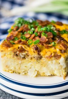 Tater Tot Breakfast Casserole This Tater Tot Breakfast Casserole Has Super Creamy Eggs, Bacon And 2 Kinds Of Cheese! It's Easy To Make Ahead Of Time And Is Perfectly Freezer-friendly!. Breakfast Items, Breakfast Dishes, Best Breakfast, Breakfast Recipes, Breakfast Potluck, Breakfast Slider, School Breakfast, Breakfast Quiche, Breakfast Sandwiches