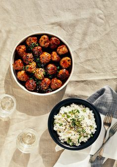Get Chinese Food Appetizer Recipe Meatball Recipes, Pork Recipes, Asian Recipes, Cooking Recipes, Healthy Recipes, Ethnic Recipes, Confort Food, Grilled Salmon Recipes, Good Food