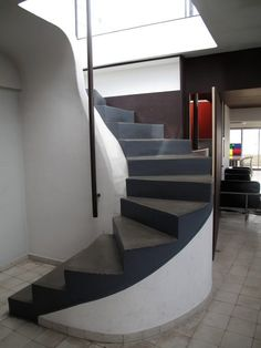 Immeuble Molitor is a 1930s apartment building in Paris designed by French-Swiss architect Le Corbusier