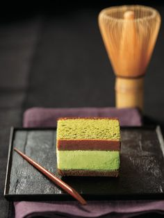 Japanese Sweets - Sandwich of Matcha Castella and Matcha Ice Cream | Kyoto, Japan #plating #presentation