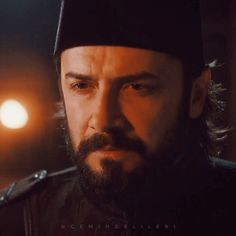 Twitter'da #PayitahtAbdülhamid etiketi Life Pics, Life Pictures, Sultan, 20th Anniversary, Turkish Actors, Best Actor, Ancestry, Cool Watches, Real Life