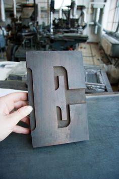 E #woodtype #letterpress #type
