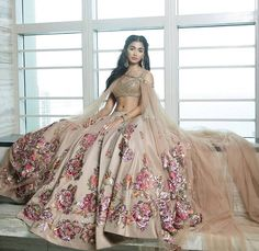 Indian Bridal Lengha Anarkali Suits Ideas For 2019 Indian Bridal Lehenga, Pakistani Bridal, Pakistani Dresses, Indian Dresses, Dulhan Dress, Punjabi Wedding, Indian Wedding Outfits, Bridal Outfits, Indian Outfits