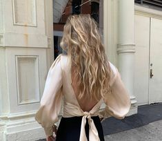 The Foundation for a Fall/Winter Capsule Wardrobe — Ashley Kane - The Foundation for a Fall/Winter Capsule Wardrobe — Brunch on Chestnut - Capsule Wardrobe, Work Wardrobe, Looks Style, My Style, Curvy Style, Mode Ootd, Mode Streetwear, Mode Inspiration, Summer Hairstyles