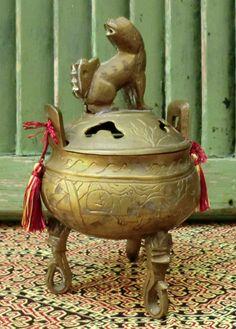 VINTAGE Chinese Brass Incense Burner.