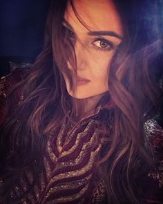Sonakshi Sinha sharing a stunning #selfie before turning the showstopper for designer JJ Valaya at Blenders Pride Fashion Tour 2015. #Bollywood #Fashion #Style #Beauty #Hot #Sexy