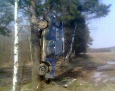 http://www.darkroastedblend.com/2014/03/auto-oops-bizarre-car-accidents-part-7.html