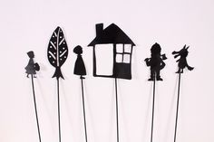 The Shadow Theater – Kids' DIY Activity – تسريحات – ombre Shadow Art, Shadow Play, Puppets For Kids, Shadow Puppets, Art Plastique, Light And Shadow, Diy For Kids, Art Lessons, Paper Art