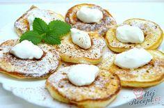 Fantastická voľba na raňajky alebo večeru. Ak máte radi sladké raňajky, pripravte si ich so šálkou horúcej kávy alebo sladkého čaju. ... Small Desserts, Low Carb Desserts, Slovakian Food, Cooking Time, Cooking Recipes, Crepes And Waffles, Food Porn, Low Carb Pancakes, Sugar Free Diet