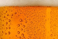 7 Tasty Post-Run Beers - Runner's World (to counter the article I pinned about the negative effects of drinking on exercise) Beer Background, Farmhouse Ale, Nutrition For Runners, American Beer, Fit Girl Motivation, Running Motivation, Sports Drink, Thing 1, Runners World