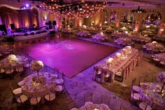 I lik this set up for tables and dance floor