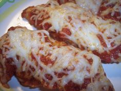 Use gluten free bisquick Easy Pizza Casserole.just a few pantry ingredients and you're set! Pizza Casserole, Casserole Dishes, Casserole Recipes, Pizza Bake, Carbquik Recipes, Bisquick Recipes, Best Casseroles, Stromboli, Sweet And Spicy