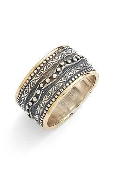 Konstantino 'Hebe' Etched Band Ring