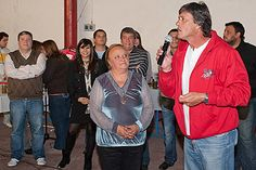Venecia Rippari en un grato encuentro de amistad y solidaridad vecinal.