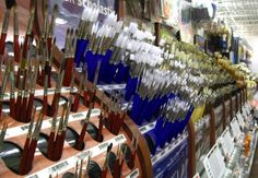 Guide to choosing the best brushes. The selection process can be quite overwhelming...