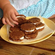 N'oatmeal Creme Pies - Paleo AIP-friendly #paleo #AIP #autoimmuneprotocol