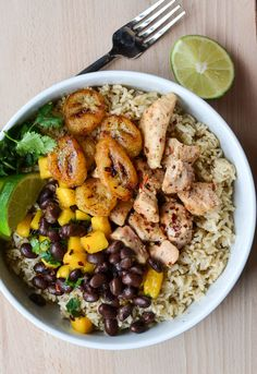 CUBAN CHICKEN & RICE WITH FRIED BANANAS