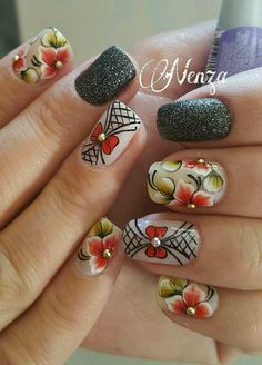 Flower Nail Designs, Flower Nail Art, Cool Nail Designs, Spring Nails, Summer Nails, Trendy Nails, Cute Nails, Daisy Nails, Exotic Nails