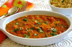 Here is the full vegan tikka masala recipe. This vegan tikka masala is easy to make, fully vegan. Vegan Tikka Masala, Chicken Tikka Masala, Chicken Tika, Tika Masala, Soy Chicken, Indian Food Recipes, Asian Recipes, Vegetarian Recipes, Cooking Recipes
