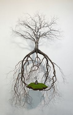 Jorge Mayet, Cuban artist, wire and paper