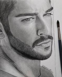 Mi bello angel,,♥️ Realistic Pencil Drawings, Pencil Art Drawings, Art Drawings Sketches, Drawing Art, Portrait Sketches, Pencil Portrait, Portrait Art, Girl Face Drawing, Face Art