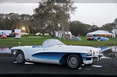 1955 LaSalle II Roadster (concept car - grille)
