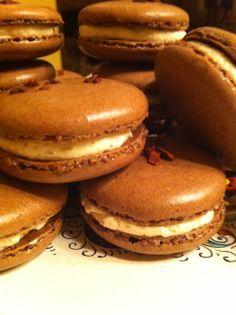 Chocolate macarons with cardamom cream