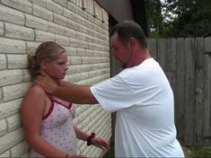 How To Break Free From A Choke Hold. This Is An Important Self Defense Technique To Know #selfdefensetips