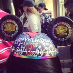 So cute I want to go to Disneyland for new years!!!