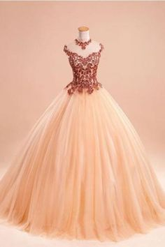 2018 evening gowns - Light organza lace applique long dresses,princess ball gown dresses with straps