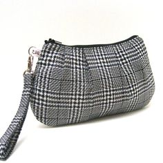 Pleated Wristlet Purse Plaid Checks in Black and White $29