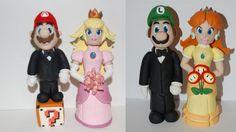 Geeky Wedding cake toppers - Mario, Luigi