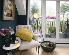 Isabelle's Top Floor Flat in London House Tour