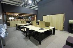 dodici: Tavoli operativi ufficio
