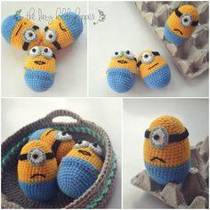 The Lazy Hobbyhopper: Easter egg Minions - free pattern Minion Crochet Patterns, Easter Bunny Crochet Pattern, Minion Pattern, Crochet Basket Pattern, Knitting Patterns Free, Free Pattern, Minion Eggs, Minions, Crochet Crafts