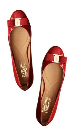 Must-have holiday flats!
