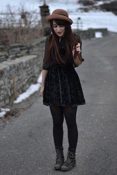 Velvet dress. Felt hat. Leather boots.