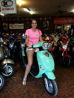 Solano Cycle of Gainesville can hook you up with the perfect back-to-school Genuine Scooter! #GoGators #UniversityofFlorida http://www.solanocycle.com/
